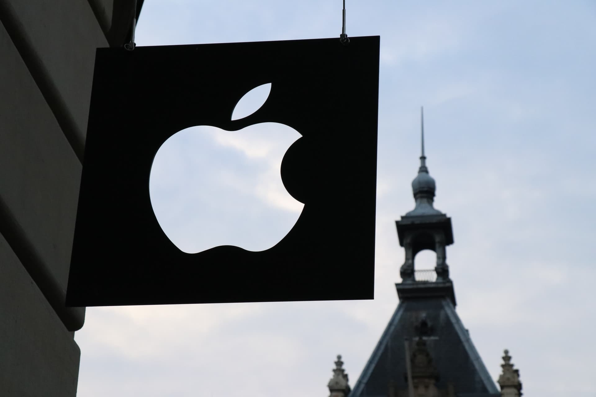 Eu Privacy Complaints Target Apple